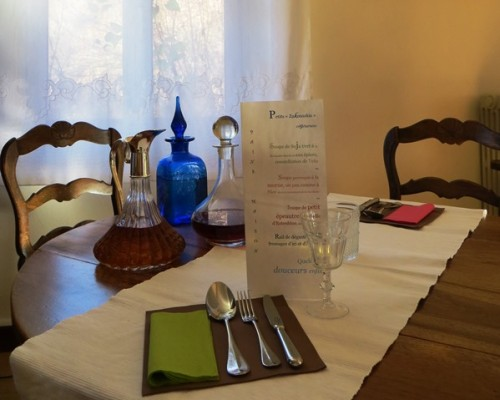salle à manger de la Villa Gaia, maison de charme à Digne