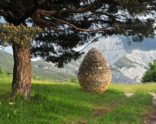 Col du Defend, Tartonne, Alpes-de-Haute-Provence, France
