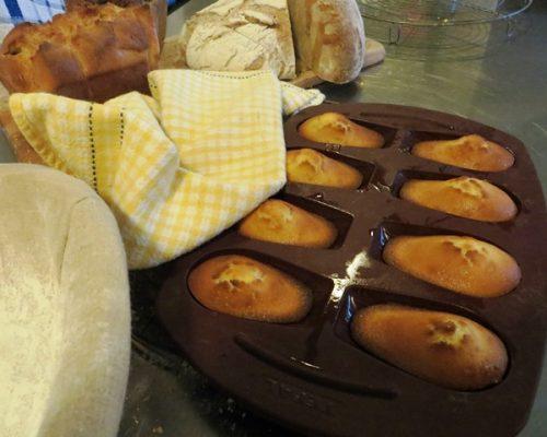 Madeleine et pâtisserie maison au petit-déjeuner Villa Gaia